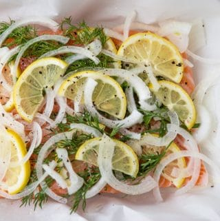 Slow-baked salmon with onion and lemon