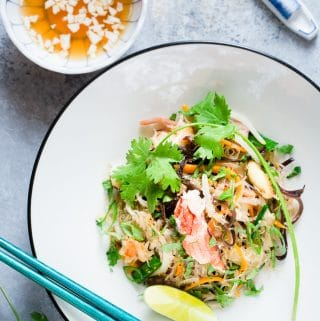 Vietnamese Crab Cellophane Noodles (Mien Xao Cua)