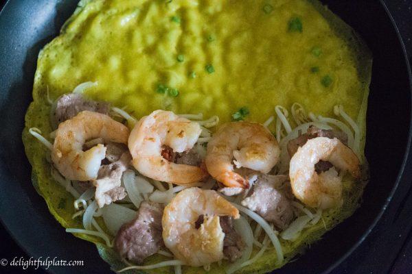 Cooking Vietnamese Crepes (Banh Xeo)