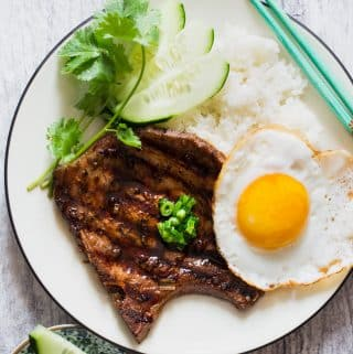 These grilled pork chops are full of sweet and savory flavors and infused with lemongrass fragrance. This is one of the easiest Vietnamese restaurant dishes to make at home.