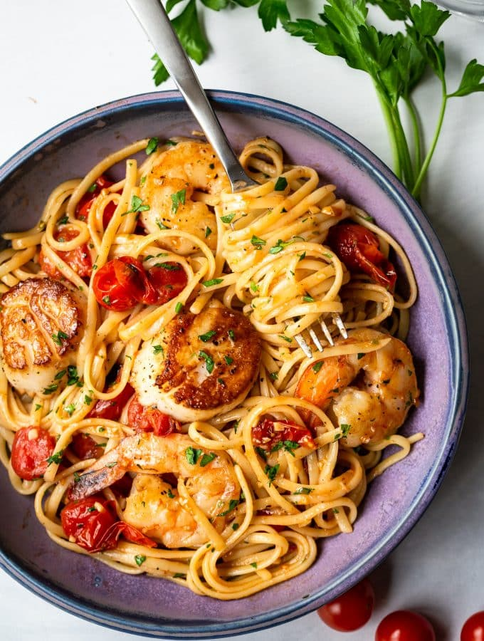 Scallop Shrimp Pasta with Burst Cherry Tomatoes