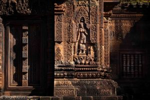 Must See in Siem Reap - Intricate carvings at Banteay Srei temple