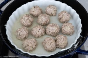 Steaming Vietnamese meatballs (xiu mai)