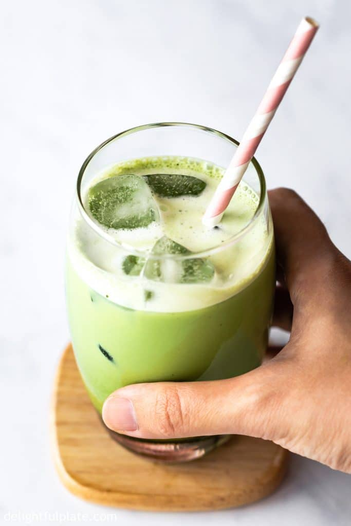This Blender Iced Matcha Latte can be made in a blink of an eye. It is a refreshing drink with natural sweetness and richness from matcha green tea powder.