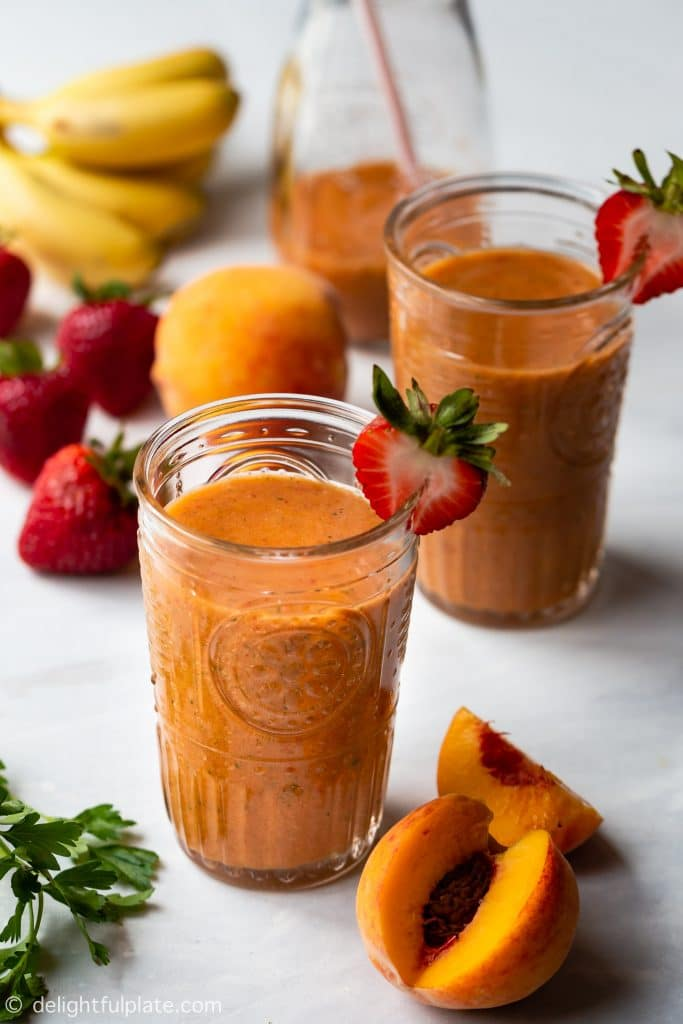 This Strawberry Peach Smoothie is a tasty and refreshing drink made with summer fruits and mint. It is also dairy-free and vegan.