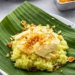 Vietnamese Sticky Rice with Hand-Cut Mung Bean (Xoi Xeo)
