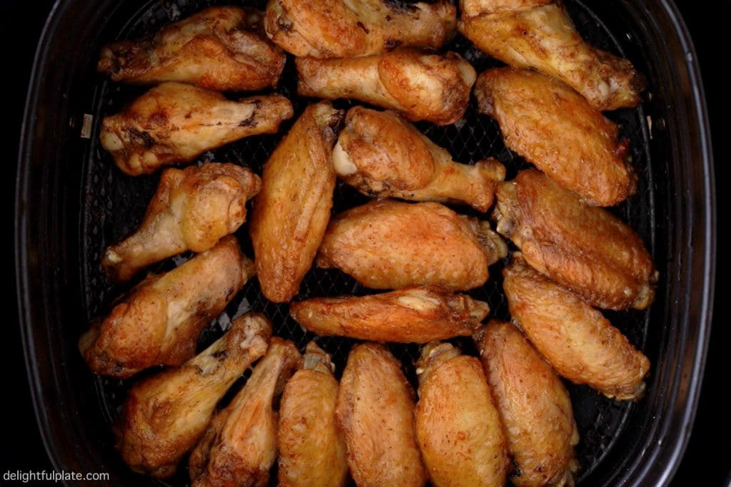 chicken wings that have just been air fried