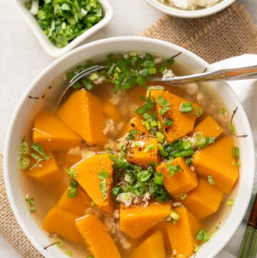 Vietnamese Pumpkin Soup (Canh Bi Do)