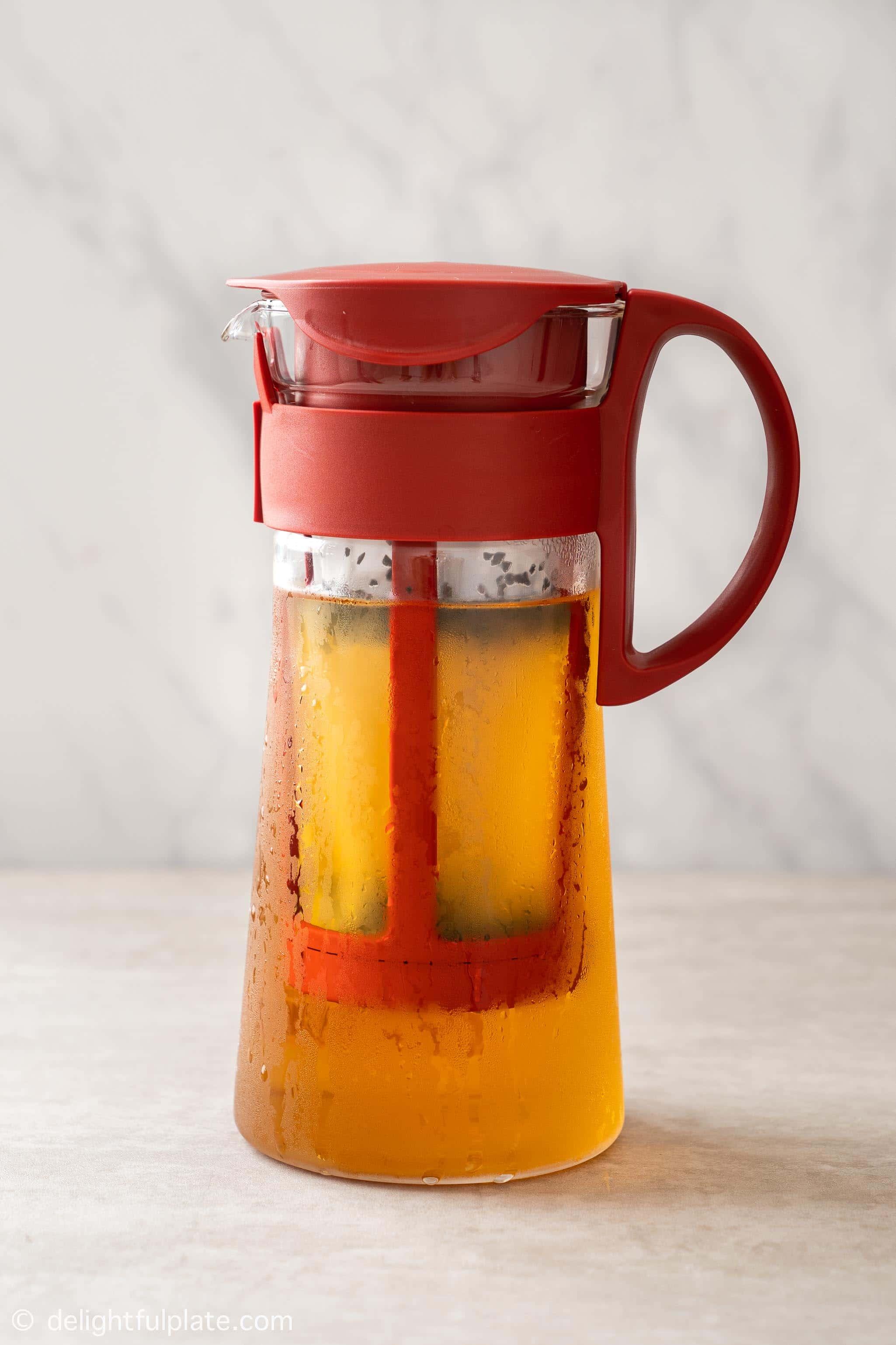 a pot of cold brewed tea